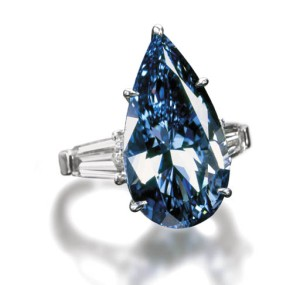 Vivid-Blue-Diamond-Ring